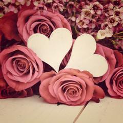 Herzen mit Rosen - retro