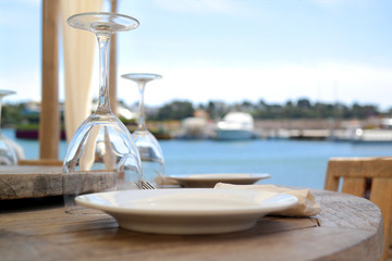 Restaurant | Urlaub | Gedeckter Tisch