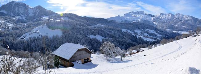 Panoramique vallée de Manigod - Haute-Savoie - Alpes