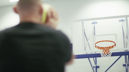 Basketball player scoring five free throws consecutively