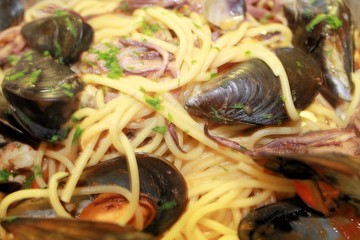 pasta spaghetti  with shrimp, mussels and clams