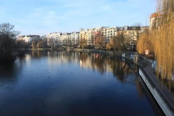 Blick von der Lessingbrücke in Berlin-Moabit