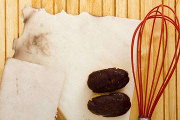 Culinary whisk with eclair