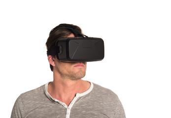 Mann mit 3D VR Cyberbrille 2
