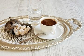 Türk kahvesi ve lokumu