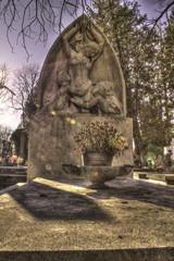 cemetery tombstone