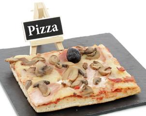 Pizza sur ardoise