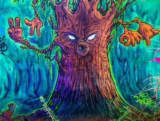 graffiti arbre