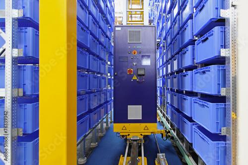 Automated storage warehouse - 76339342
