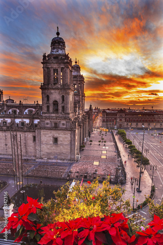 Fotobehang Mexico Metropolitan Cathedral Christmas Zocalo Mexico City Sunrise