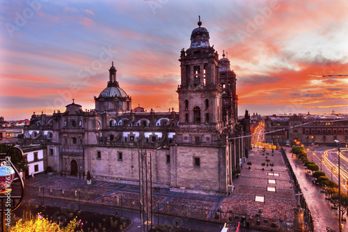 Fotobehang Mexico Metropolitan Cathedral Zocalo Mexico City Sunrise