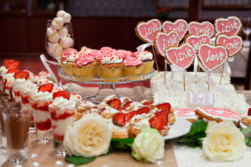 Banquet table with desserts