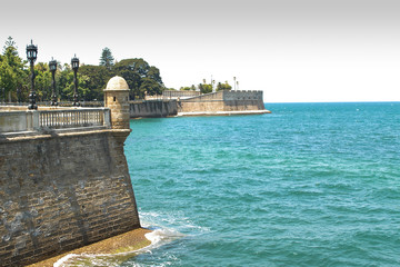 cadiz antique fortress