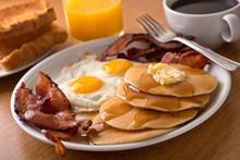 """Постер, картина, фотообои """"Breakfast with bacon, eggs, pancakes, and toast"""""""