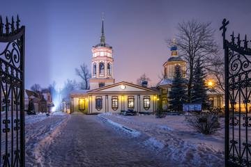 Храм Воздвижения Креста Господня в Алтуфьеве.