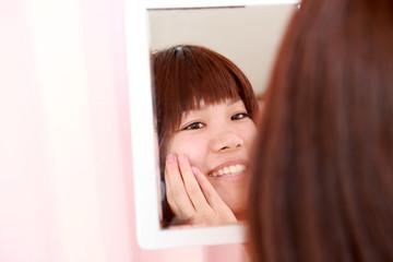 美肌効果に喜ぶ女性