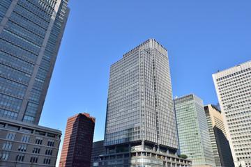 東京駅 丸の内ビルと新丸の内ビル