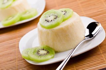 Panna Cotta With Kiwi Fruit