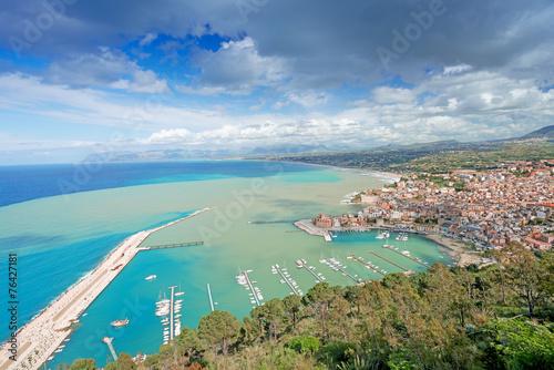 Leinwanddruck Bild Aerial view of Castellamare del Golfo in Sicily
