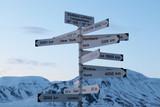 Hinweisschild Spitzbergen Flughafen