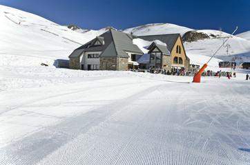 Le Vallon restoration area at Saint Lary Soulan ski resort