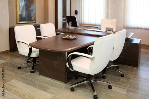Leinwanddruck Bild empty manager office with luxurious furniture