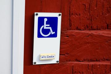 Schild Behinderteneingang