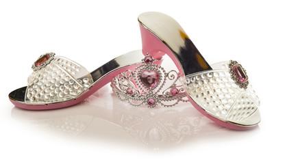 Zapatos y tiara