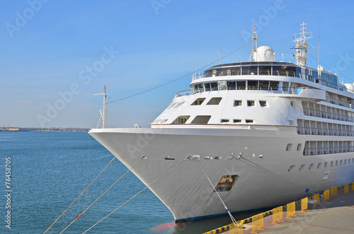 canvas print picture Cruise tourist ship in Black sea, Odessa, Ukraine