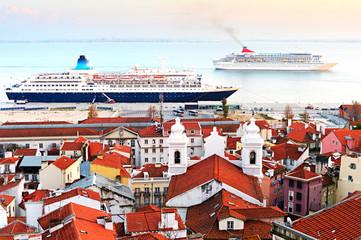 Lisbon cruise