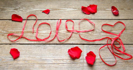 Love Rosenblätter