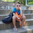Jeune boudeur (Garçon 9-10 ans)