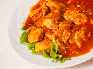 chicken breast with fresh tomato sauce