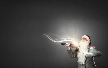 Santa play violin