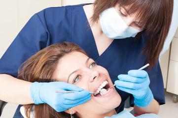 Oral exam on perfect teeth