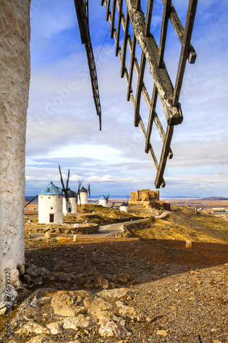 Leinwanddruck Bild windmills of Don Quixote, Spain