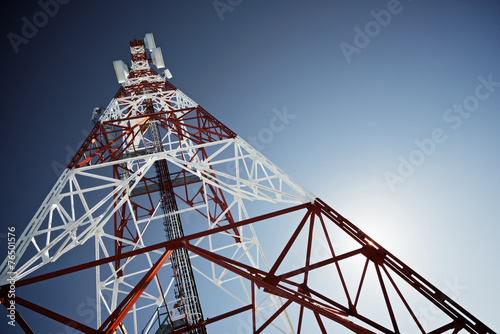Leinwanddruck Bild Telecommunications tower