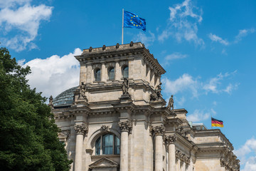 Reichstag in Berlin von Süden