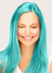 Street style-colored hair.Turquoise
