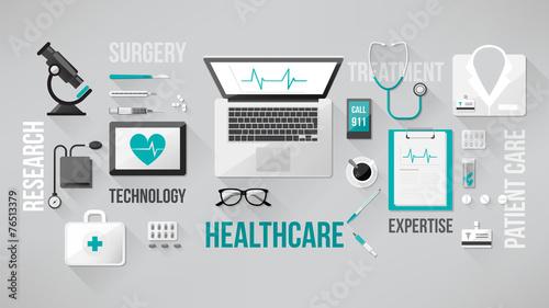 Doctor's desktop - 76513379
