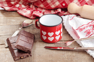 valentine hearts decorated mug with Modica chocolate and vintage
