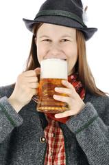 Frau aus Bayern trinkt Maß Bier