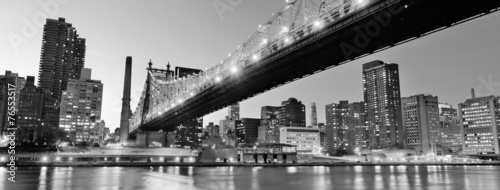Aluminium New York New York City night panorama