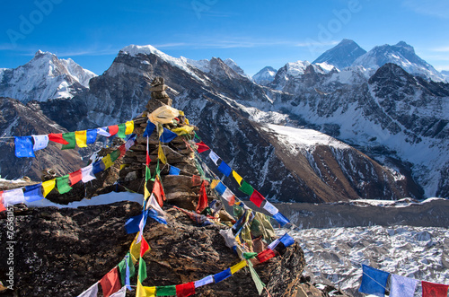 Fotobehang Nepal View of Everest from Gokyo ri .