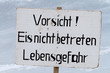 canvas print picture - Warnschild dünne Eisschicht