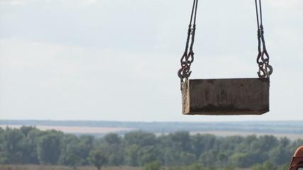 Working crane, bear pan