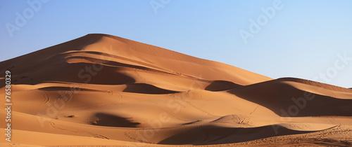 Leinwanddruck Bild Morocco. Sand dunes of Sahara desert
