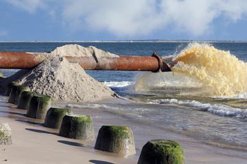 Sandvorspülung zum Küstenschutz auf Sylt