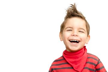 Lachender Junge freigestellt