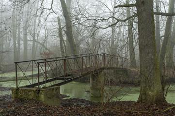Most donikąd